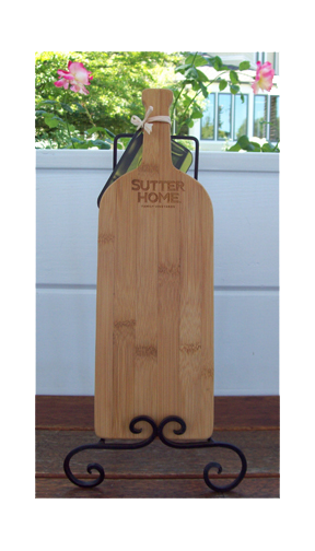 Sutter Home Small Bottle Cutting Board